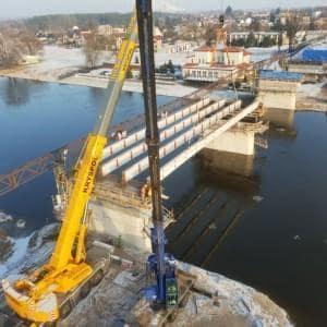 Montaż konstrukcji stalowej - Most przez rzekę Narew w m. Ostrołęka